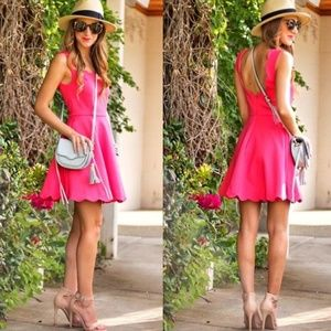 Dresses & Skirts - Coral Scalloped Dress